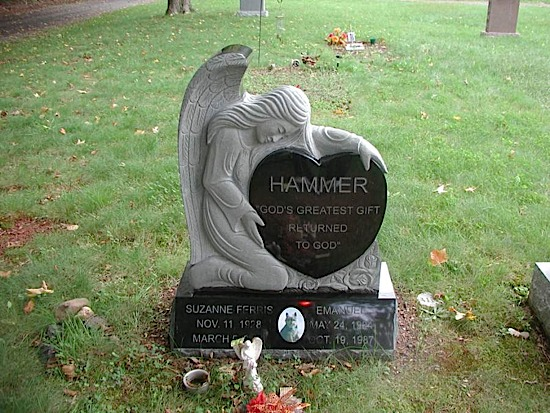 memorials-of-distinction-hammer